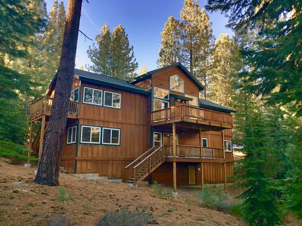 Crystal Pines Lodge