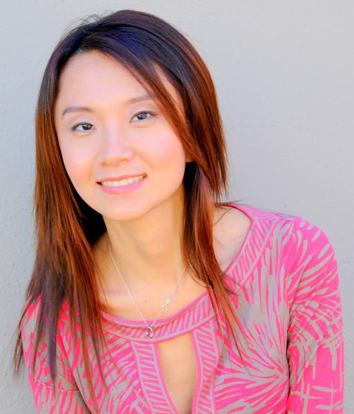 beautiful woman model red dress 092.34.5435
