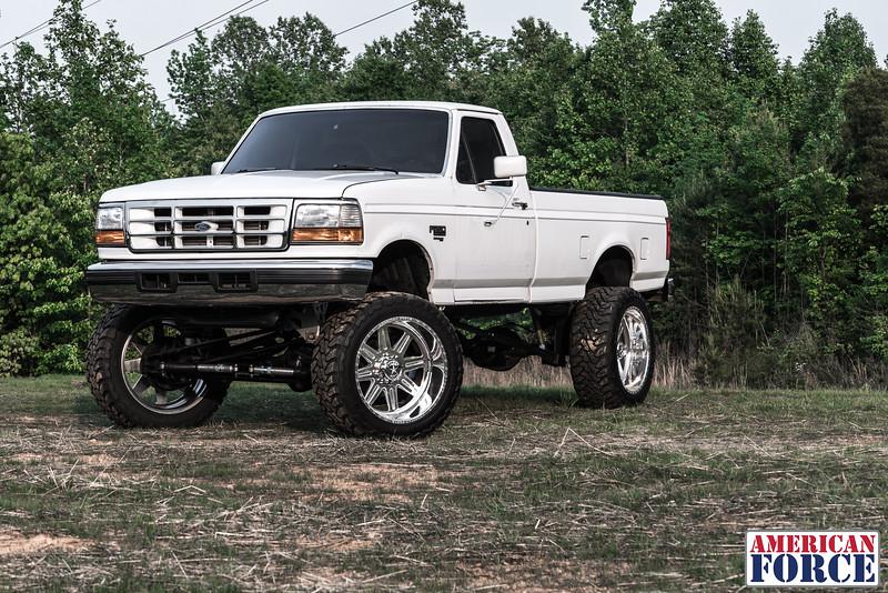 SDP-Kreg-O'Hara-White-1997-Ford-F250-24x12-Legend-@streetdieselperformance-170429-DSC05856-51.jpg