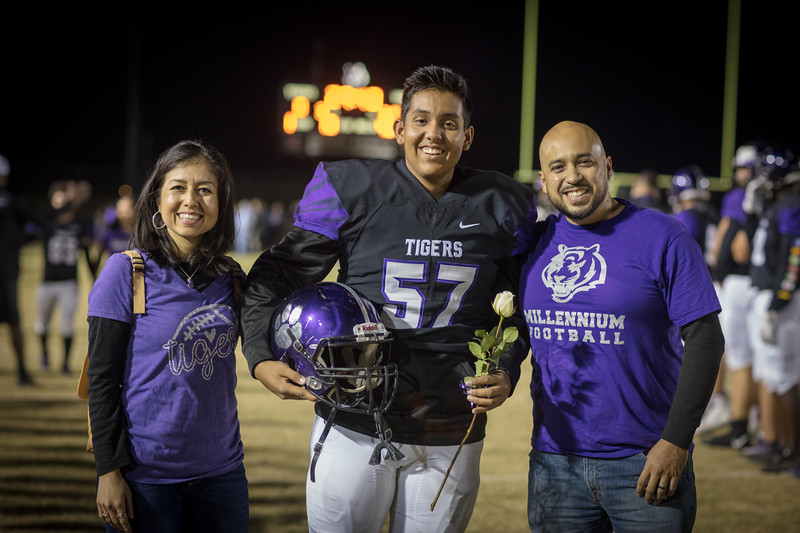 senior night-10.jpg