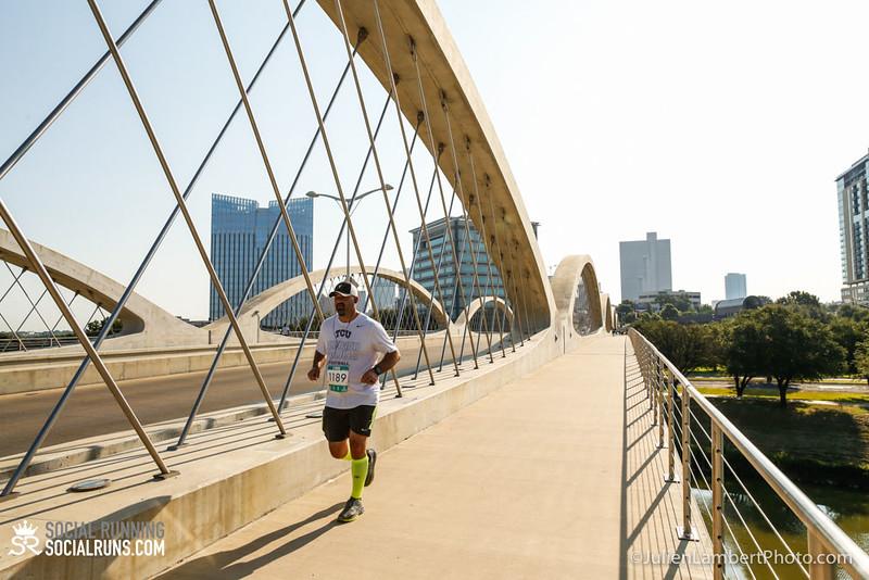 Fort Worth-Social Running_917-0596.jpg