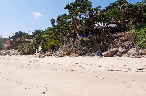 Beach-06i_001-875x581.jpg