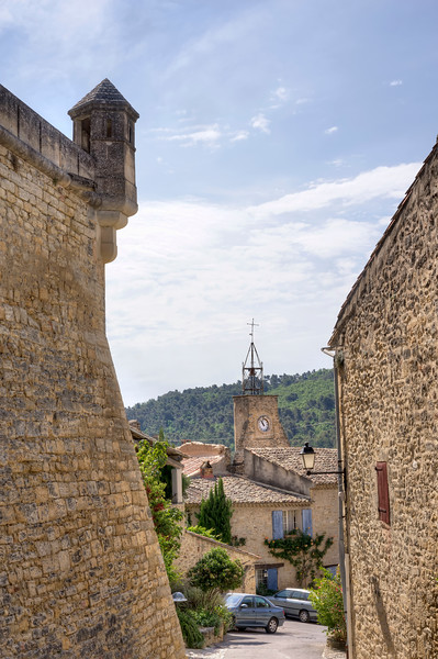 CHATEAU-d'ansouis-rampart-and-church-clocktower.jpg