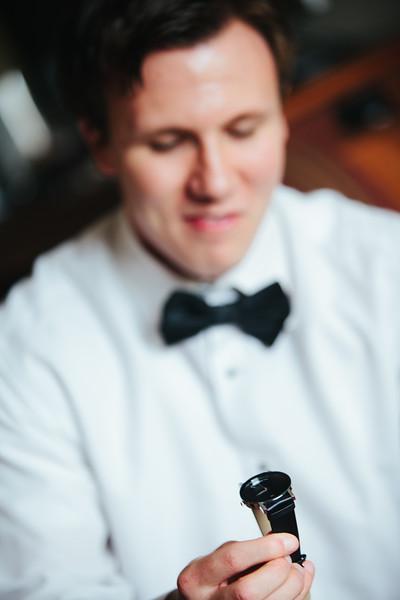 Le Cape Weddings_Jenifer + Aaron (Aaron Prep)-22.jpg