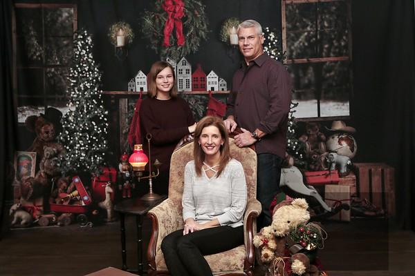 MT Ed Family Christmas Photos