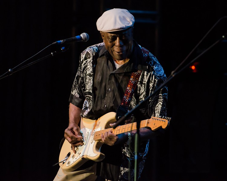 EXPERIENCE HENDRIX BUDDY GUY-NATIONAL ROCK REVIEW