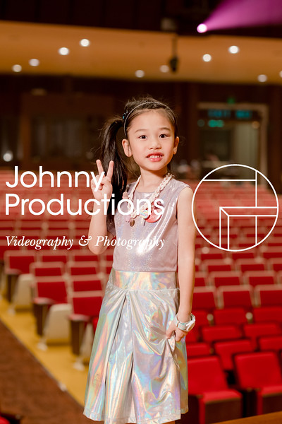 0052_day 1_orange & green shield portraits_red show 2019_johnnyproductions.jpg