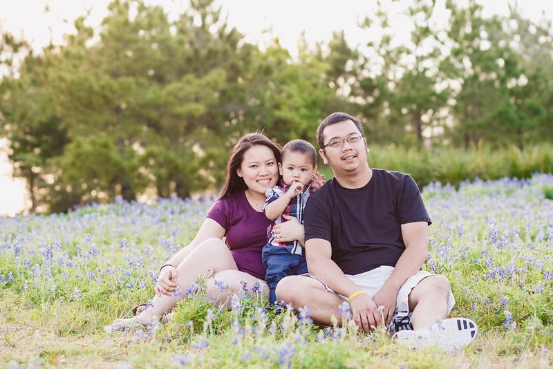 blue-bonnet-family-portrait-156-Edit.jpg