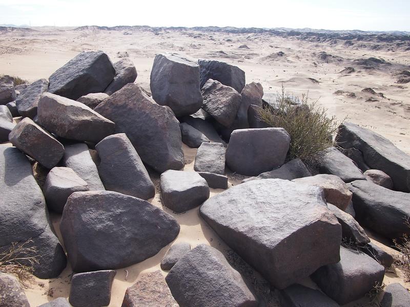 P3230286-musical-rocks.JPG