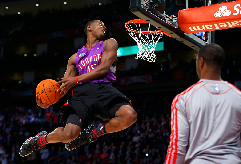 . East All-Star Terrence Ross of the Toronto Raptors competes in the slam dunk contest during the NBA basketball All-Star weekend in Houston, Texas, February 16, 2013. REUTERS/Jeff Haynes