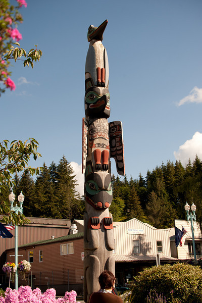 There is a totem museum here, but we didn't have time.
