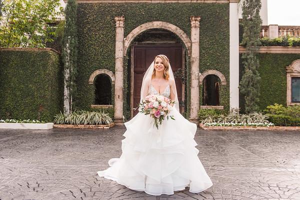 Alexis Breeze Bridal Portraits