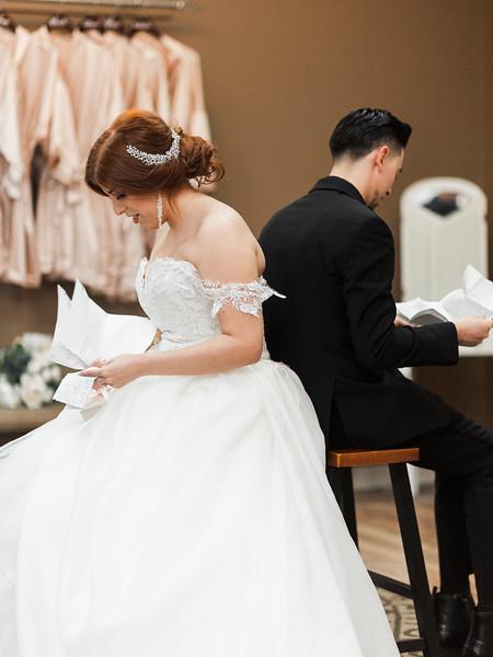 Alexandria Vail Photography Wedgewood Fresno Wedding Alexis   Dezmen229.jpg