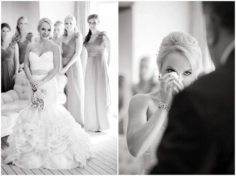 colorado-wedding-photographer-destination-wedding-photography-ritz-carlton-lodge-red-and-gray-wedding-colorado-winter-wedding-26(pp_w1052_h787).jpg
