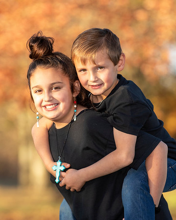 Jadyn and Travis - Fall Portraits 2018