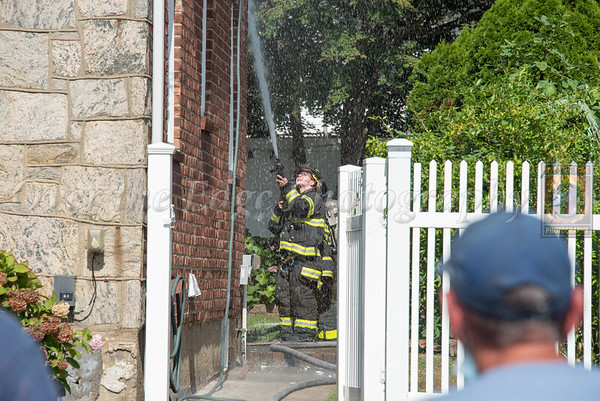 Garden City Park Smoke Showing 08/18/2020