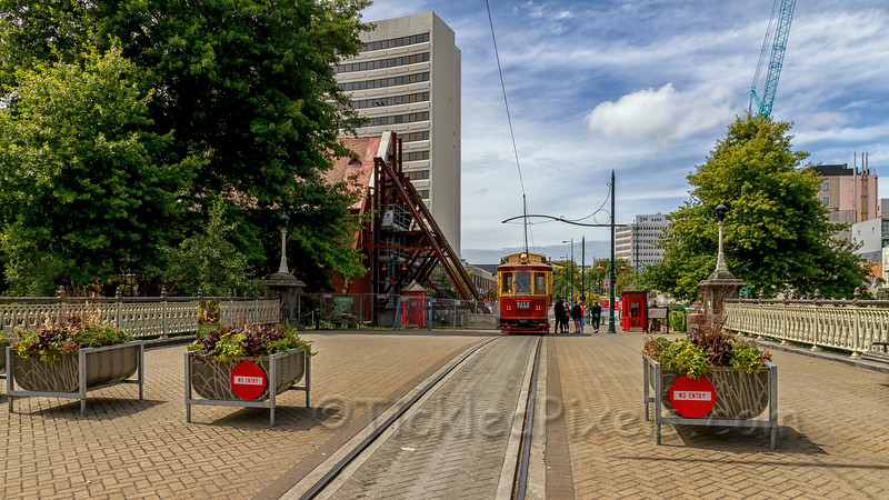 Christchurch Tram on Worcester St Bridge