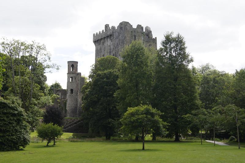 Blarney Castle gardens.JPG