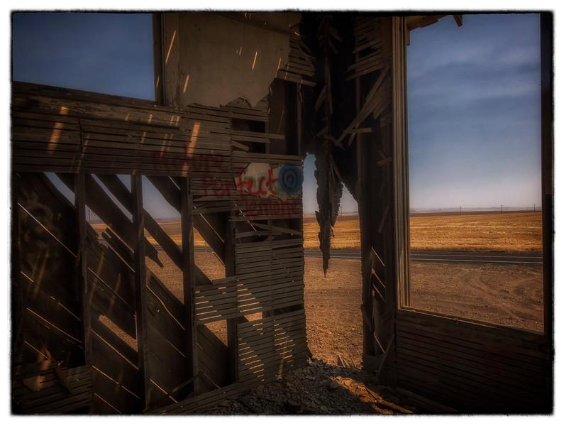 Dead Schoolhouse_-35-HDR.jpg