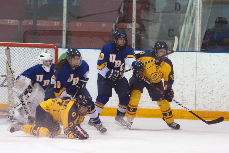 20130310 QWHockeyvsUBC 295.jpg