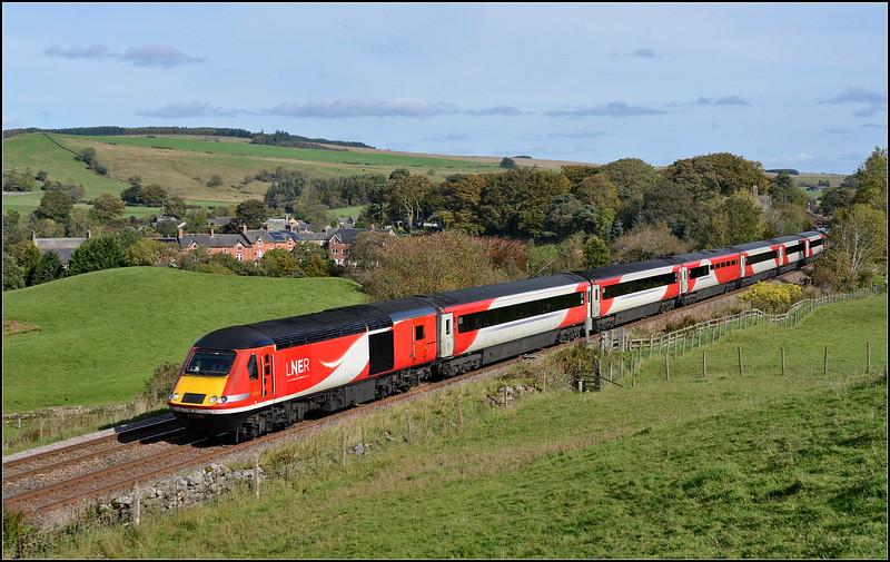 2018 10 06.43309 on the 09.00 Kings Cross-Edinburgh diverted LNER service at Gilsland.
