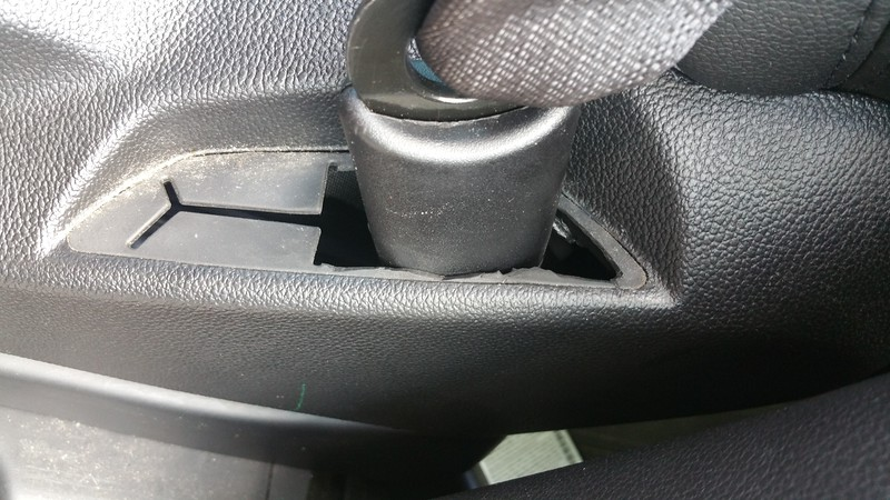 GMC Seat belt Recall 16V209000