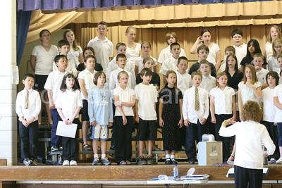 Flanders Elementary School - 5th Grade Chorus - June 2007