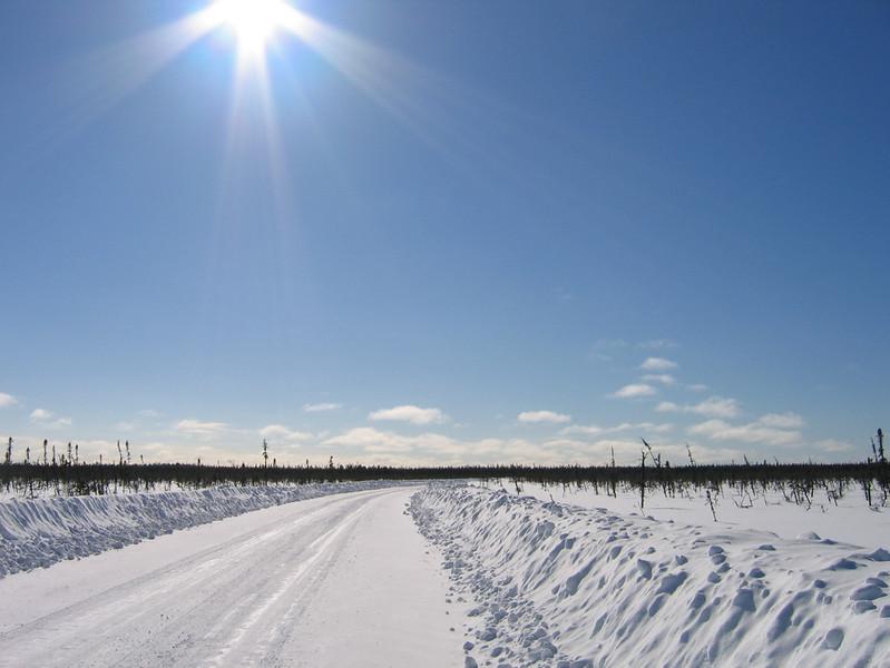 IMG_2754_main_winter_road_resize.JPG