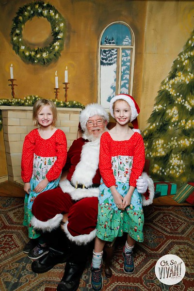 Pictures with Santa @Earthbound 12.1.2018-067.jpg