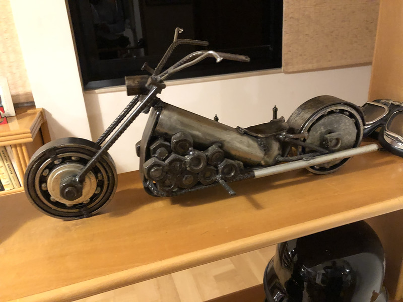 model size motorcycle at Moacir's apartment
