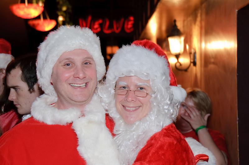 2009 ALS Santa Crawl-61.jpg