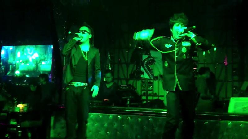 and Bar 3. Wuhan hip hop