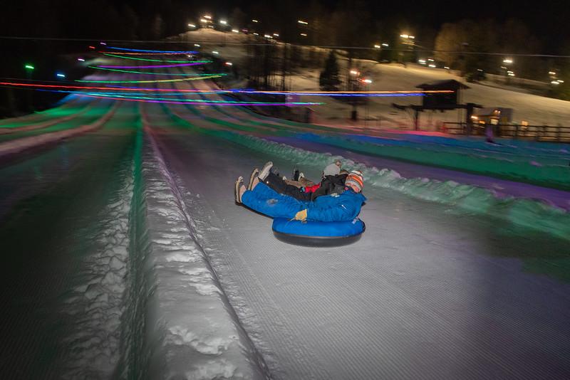 Glow-Tubing_12-29-20_Snow-Trails-77130.jpg