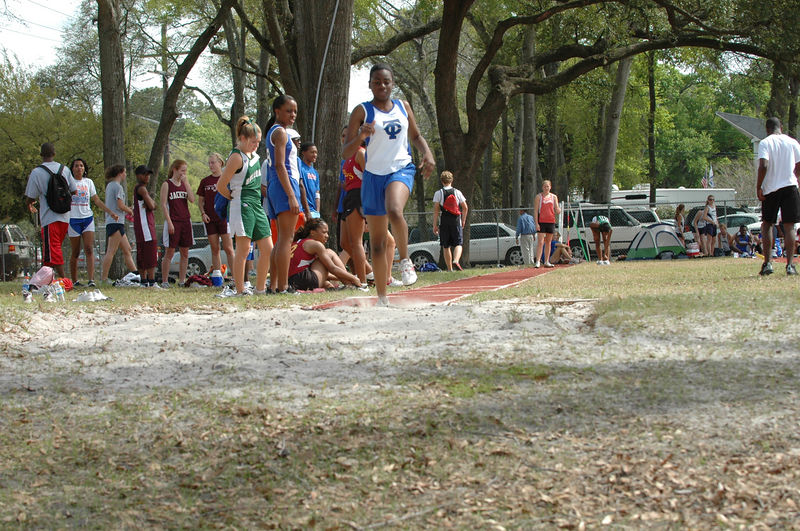 Run-throughs at the adjacent Girls' LJ competition.