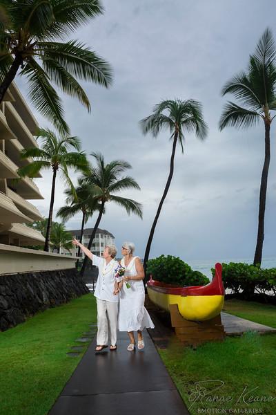 076__Hawaii_Destination_Wedding_Photographer_Ranae_Keane_www.EmotionGalleries.com__141018.jpg