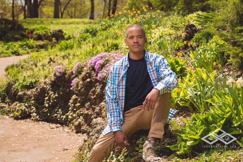 Jaraed Stewart Senior-4998.jpg