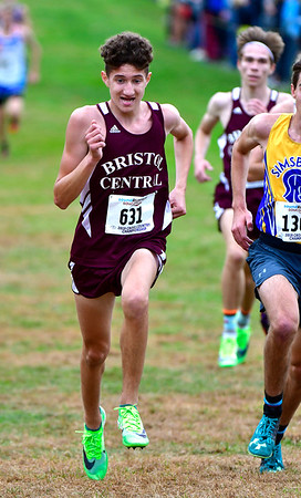 10/16/2019 Mike Orazzi | StaffrBristol Central High School's Nate DeAngelo during the boys CCC XC Championship held at Wickham Park in Manchester on Wednesday. r