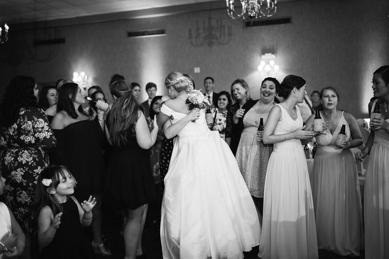 976_Josh+Emily_WeddingBW.jpg