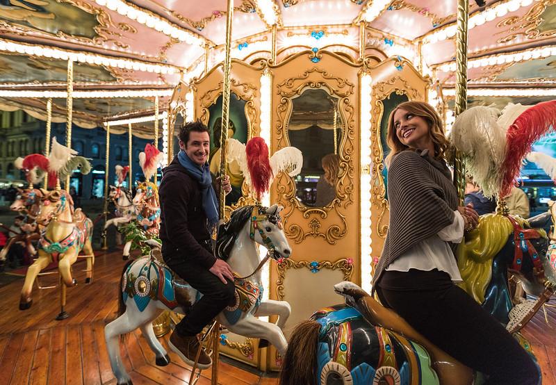 Florence-Lifestyle-MerryGoRound-Couple-1173.jpg