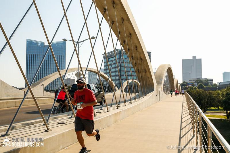 Fort Worth-Social Running_917-0256.jpg