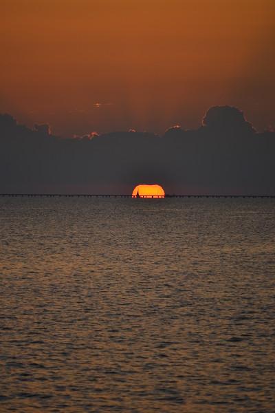 010-lake-pontchartrain-sunset_14280973135_o.jpg