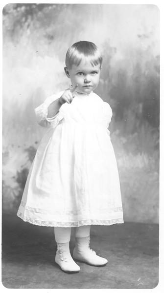 1913 Mom to Dallas Katherine Barber_600 DPI_filtered.jpg