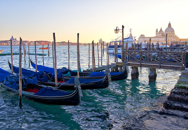 Gondolas in HDR, Venice