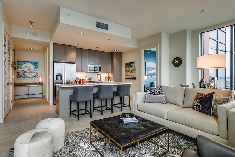 Living Room-IMG_4191_enfB.jpg