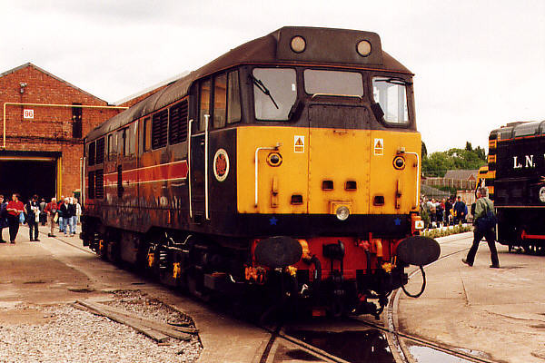 31601 at Crewe Works on the 20th May 2000