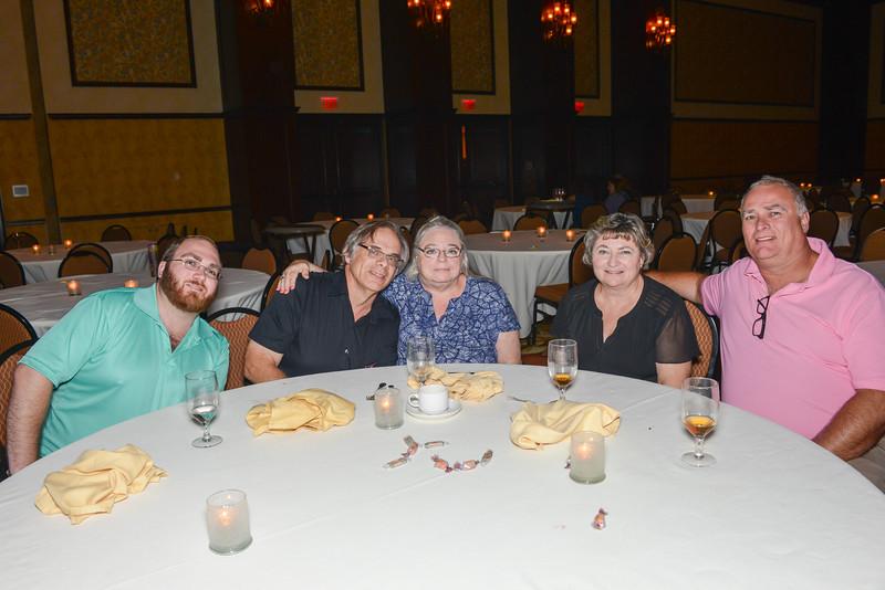 Banquet Tables 211735.jpg