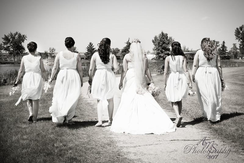 Bride & Bridemaids 6-Signature.jpg