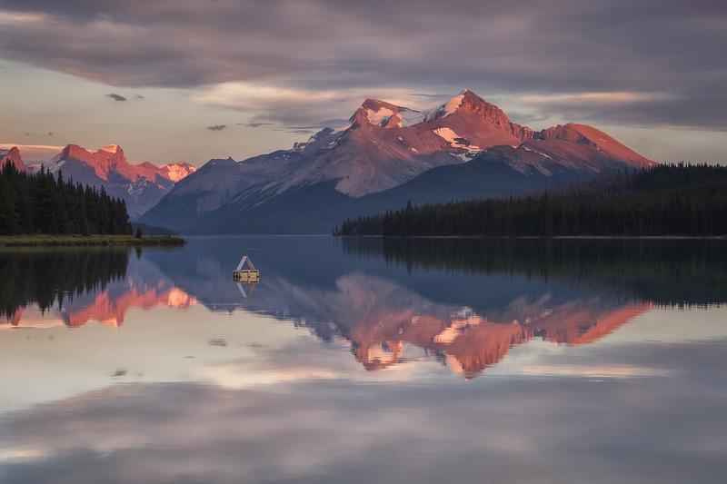Maligne Lake, Jasper National Park. Alberta, Canada.