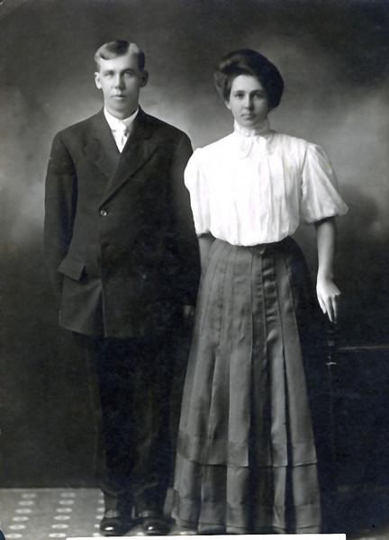 Oscar & Hannah Tollefson