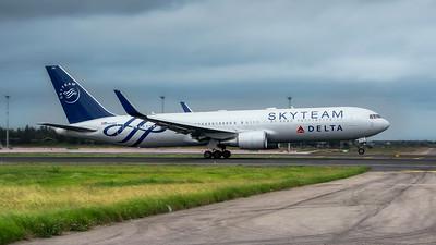 2) Airlines Alliances